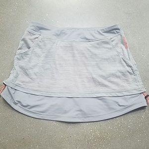 Reebok workout skirt in Grey and Coral